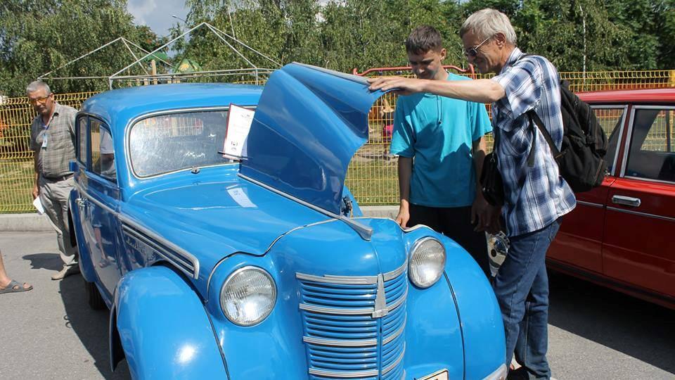 На Кіровоградщині відбувся третій фестиваль ретроавтомобілів. ФОТО - 12 - Життя - Без Купюр