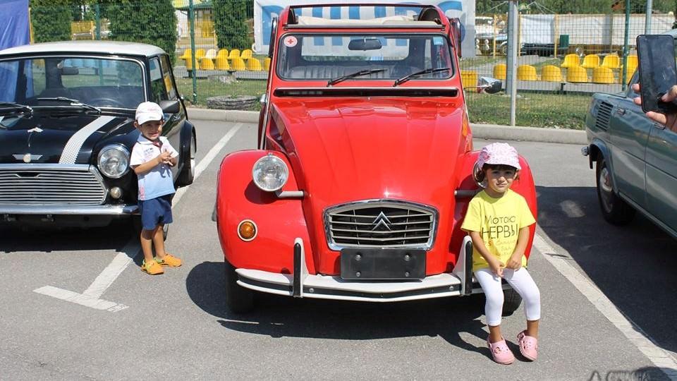 На Кіровоградщині відбувся третій фестиваль ретроавтомобілів. ФОТО - 5 - Життя - Без Купюр