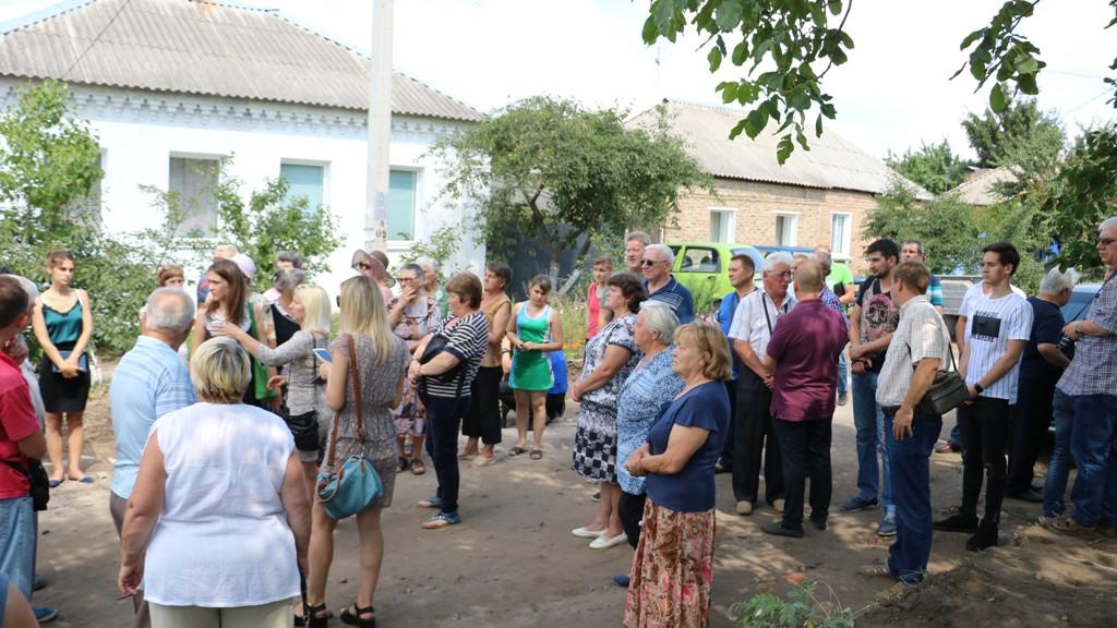 У Кропивницькому протестували через розширення вулиці в спальному мікрорайоні до м'ясокомбінату «Ятрань». ВІДЕО - 1 - Життя - Без Купюр