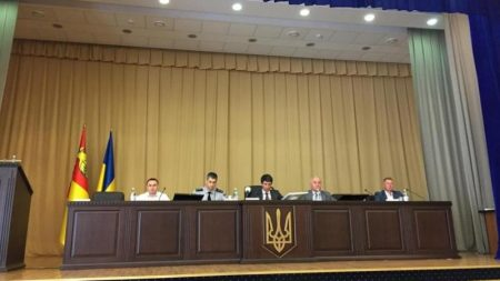 """У Кропивницькому поліція """"звіряла годинники"""" з керівництвом районів та області"""