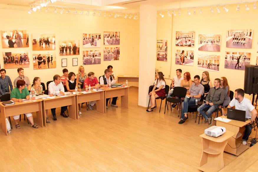 Культура - Без Купюр - До Дня міста Кропивницький отримає нові креативні арт-об'єкти. ФОТО 12