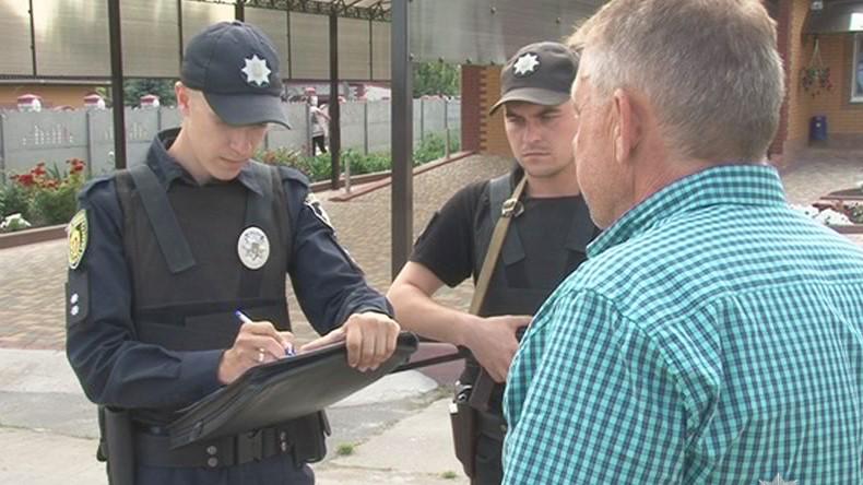 На Кіровоградщині затримали підозрюваних у вимаганні грошей з фермера - 1 - Кримінал - Без Купюр