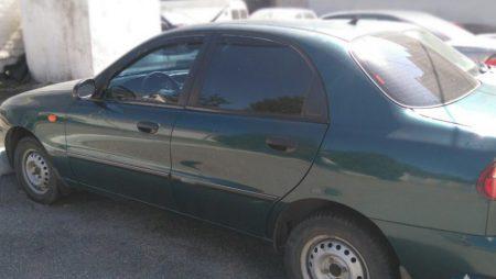 Поліцейські  знайшли викрадене авто і встановили особу викрадача. ФОТО