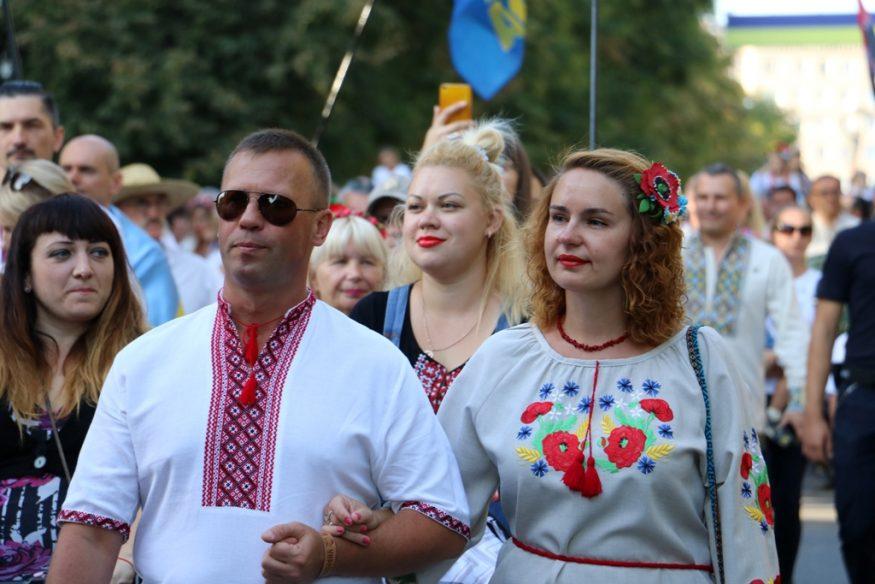 Кропивницький у вишиванках - 2018. ФОТОРЕПОРТАЖ - 9 - Життя - Без Купюр