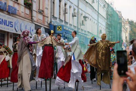 «Кропивницький-2018»: театральні експерименти, клоуни і класика