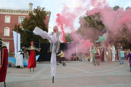 """""""Кропфест"""" у цифрах:  цьогорічний Національний фестиваль """"Кропивницький 2018"""" налічує тисячу учасників"""