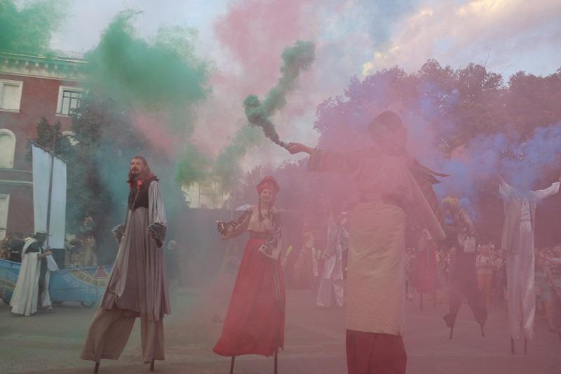 Без Купюр | Події | У Кропивницькому яскраво розпочався КропФест.ФОТО 7