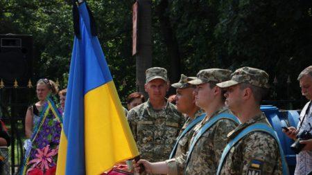 У Кропивницькому попрощалися з Михайлом Яровим, який загинув унаслідок підриву на ворожій міні. ФОТО