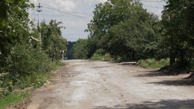 У Кропивницькому на ремонті вулиці Тютюшкіна заробить фірма з орбіти опоблоківців. ФОТО, ВІДЕО