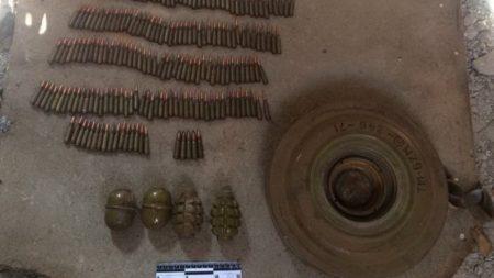 У недобудові на околиці Кропивницького виявили протитанкову міну і гранати. ФОТО