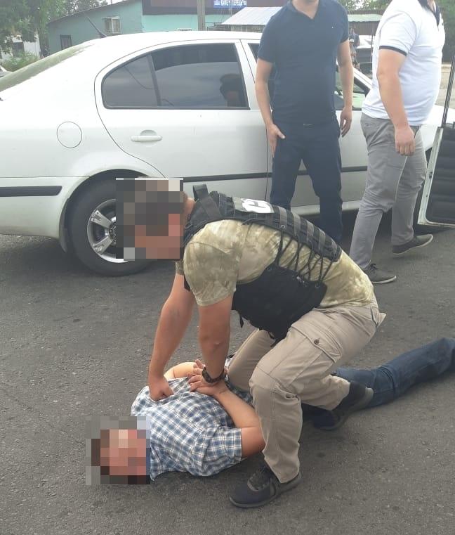 Без Купюр | Кримінал | На Кіровоградщині затримали капітана поліції, озвучено дві версії інкримінованого злочину. ФОТО 2