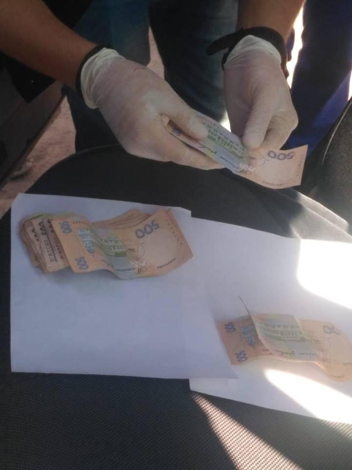 Без Купюр Майора Нацполіції підозрюють у хабарництві Корупція  хабар СБУ поліція Кіровоградщина