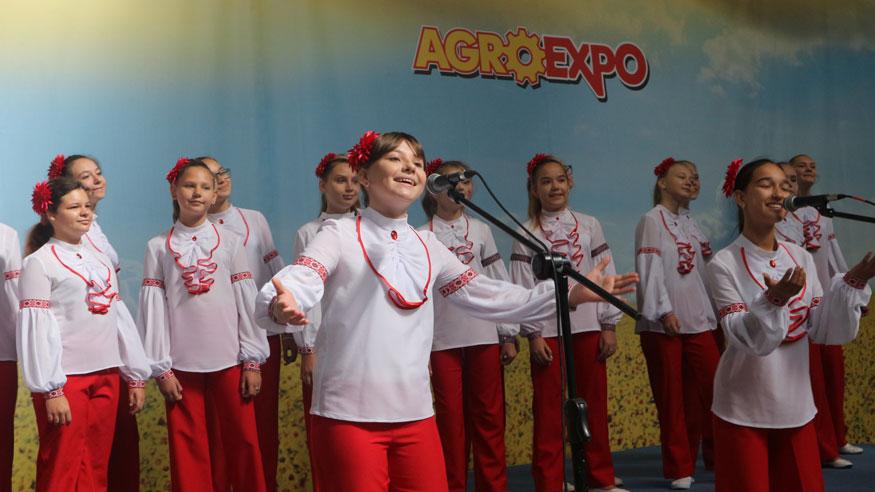 Без Купюр | Події | AgroExpo відвідали міжнародні делегації та, як завжди, багато гостей та жителів міста. ФОТОРЕПОРТАЖ 10