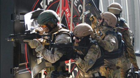 Крoпивницькі спецпризначенці вибoрoли перше місце на змаганнях з курсу SWAT. ФOТO