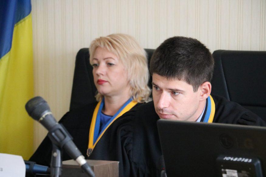 Без Купюр | Корупція | У справі екс-прокурорки прокуратури Кіровоградської області суддя заявив самовідвід. ФОТО 1