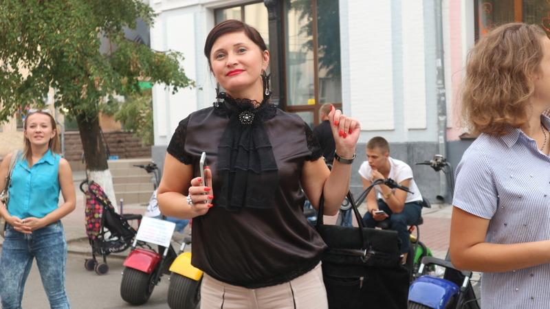 Валерія Мучлер   Культура   Жителі Кропивницького зможуть грати на піаніно у центрі міста. ФОТО 9