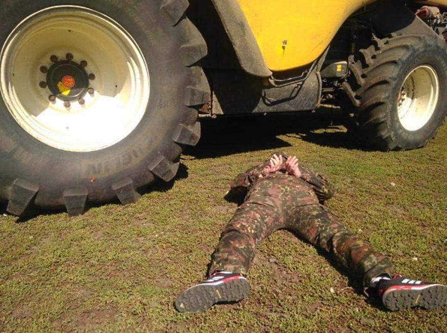 Аваков каже, що організаторів захоплення посівів Поворознюка встановили. ФОТО, ВІДЕО - 4 - Кримінал - Без Купюр