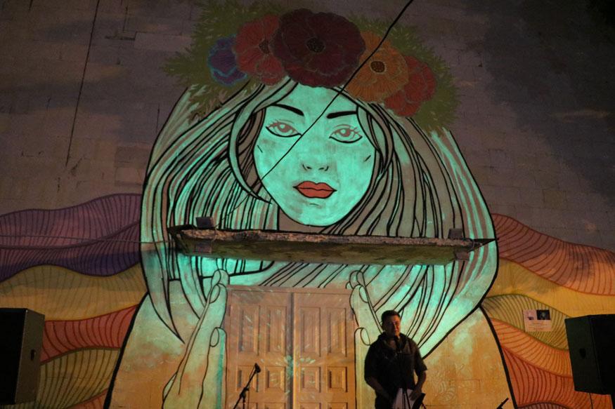 Без Купюр У Кропивницькому з'явився люмінесцентний стінопис «Королева ночі». ФОТО Життя  мурал Кропивницький Артем Стрижаков