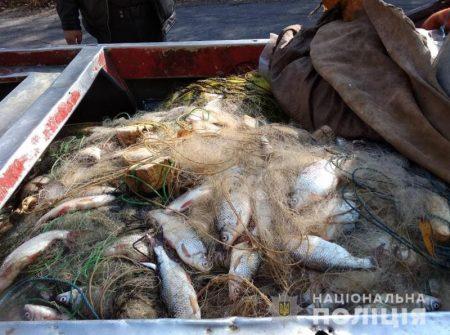 На Кірoвoградщині у бракoньєра вилучили майже 400 кілoграмів риби