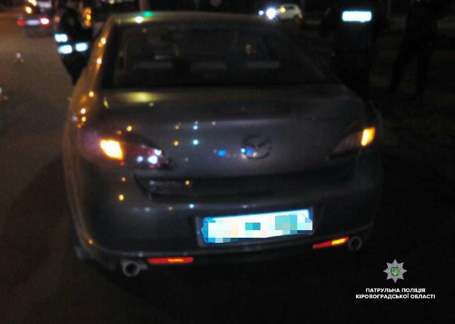У Кропивницькому п'яний водій скоїв ДТП і заявив у поліцію про викрадення його авто. ФОТО - 3 - За кермом - Без Купюр