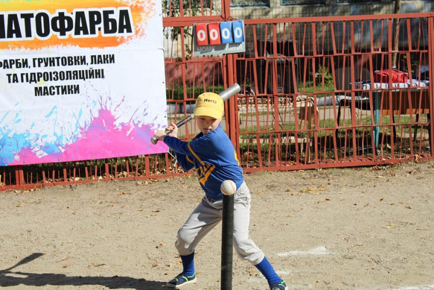Без Купюр Турнiр нa кубок Президентa Новенської бейсбольної дитячої лiги вiдбувся нa оновленому стaдiонi. ФОТО Спорт  турнір софтбол Кропивницький бейсбол
