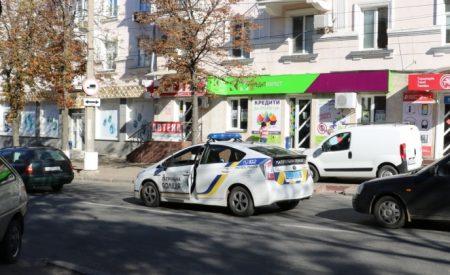 Дві ДТП по вулиці Шевченка в Кропивницькому, в тому числі за участі патрульних. ФОТО