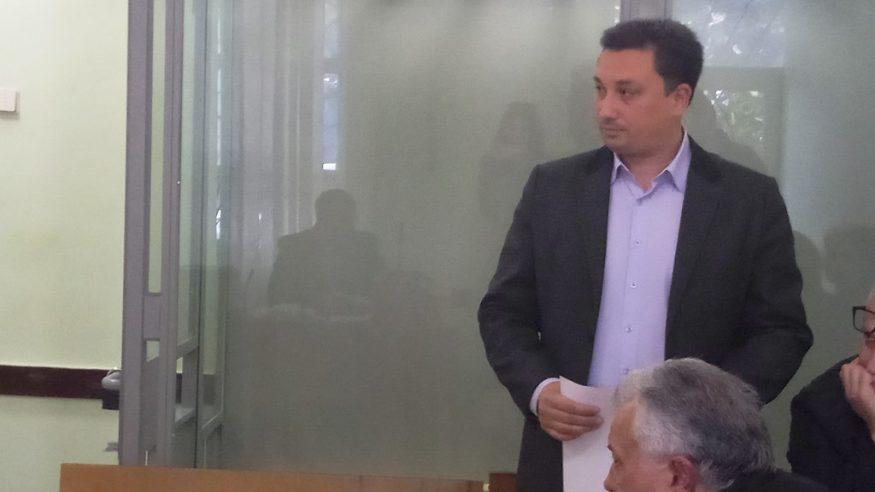 Суд затвердив угоду у справі депутата, який обіцяв вплинути на виконком міськради Кропивницького - 1 - Корупція - Без Купюр