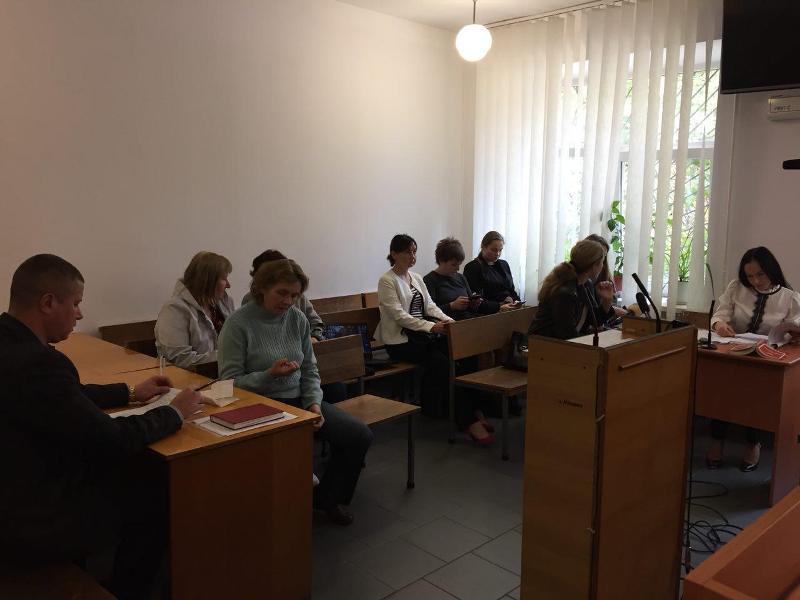 Без Купюр | Кримінал | Суд визначив покарання жінці, яка потруїла собак у Кропивницькому 1