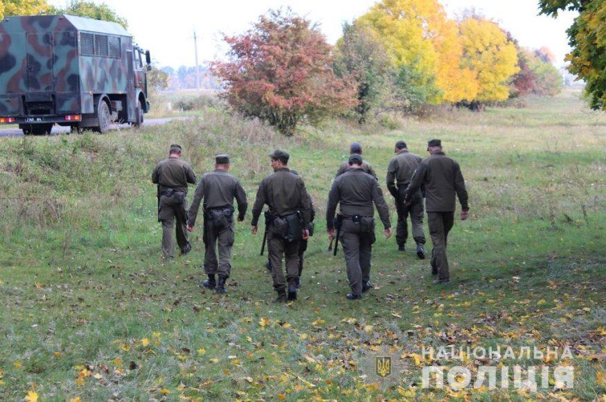 Правоохоронці обстежили ще 500 гектарів місцевості в пошуках Діани Хріненко. ФОТО - 4 - Події - Без Купюр