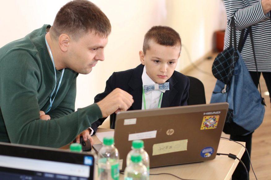 Без Купюр Фестиваль програмування провели для школярів Кропивницького. ФОТО Події  школа програмування Кропивницький