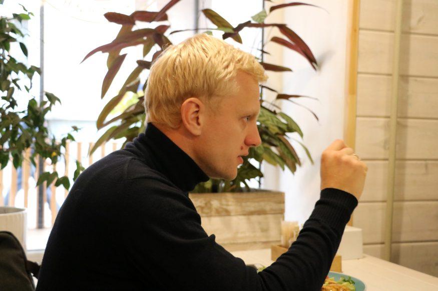 Шабунін у Кропивницькому: Ті, хто вірять у нісенітницю, що без Порошенка не буде України, одного рівня з виборцями Росії - 4 - Особистості - Без Купюр