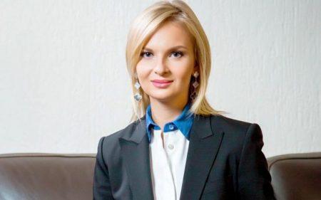 Суд визначив запобіжний захід Вікторії Березкіній і зобов'язав здати закордонний паспорт