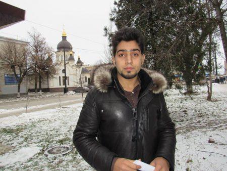 У Кропивницькому поліція розпочала кримінальне провадження за заявою студента Донецького медвишу. ВІДЕО