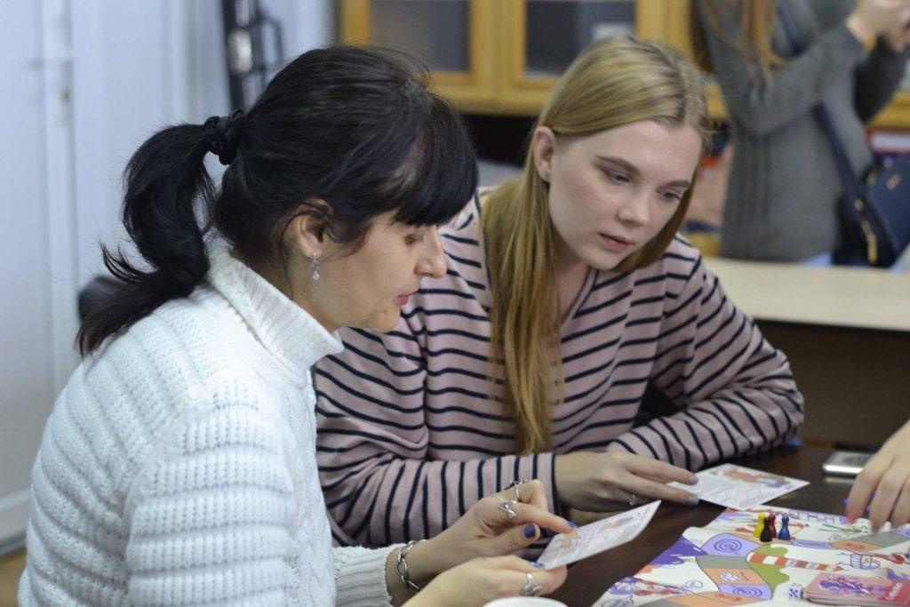 Презентації проводяться в рамках щорічної Всеукраїнської акції «16 днів активізму проти гендерно зумовленого насильства», що триває з 25 листопада по 10 грудня.