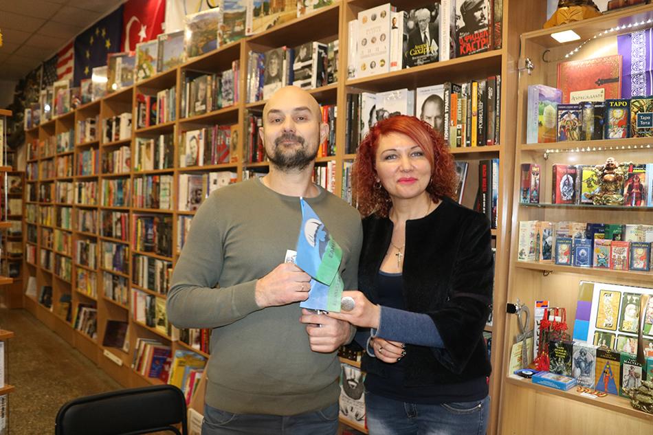 У Кропивницькому письменник Сашко Дерманський зустрівся з маленькими і дорослими читачами. Фото 3