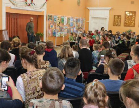"""Сашко Дерманський: """"Я просто хочу, щоб дітям було цікаво, щоб книжка стала їхнім другом"""""""