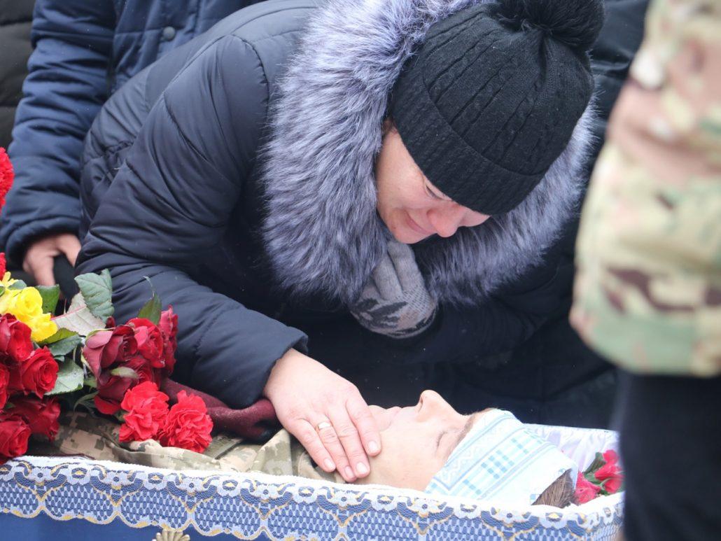 У Кропивницькому попрощалися зі старшим сержантом Віктором Куроп'ятником. ФОТО 17