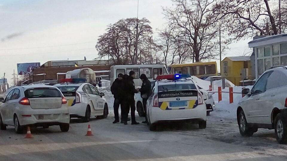Без Купюр У Кропивницькому сталася ДТП за участі автомобіля патрульної поліції та «ЗАЗ Forza». ФОТО Події  Патрульна поліція Кропивницький за кермом ДТП Toyota