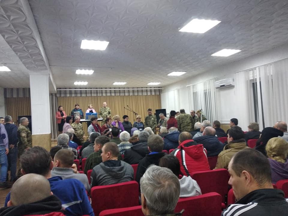 У Кропивницькому 12 годин молилися за звільнення полонених українців - 2 - Життя - Без Купюр
