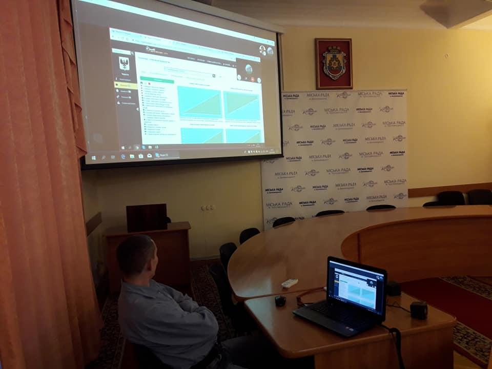 """У Кропивницькому відбулись навчання для чиновників міськради по роботі з платформою """"Відкритий бюджет"""" - 3 - Життя - Без Купюр"""