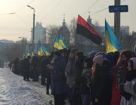 Мешканці Луганки, де орудують рейдери, заявляють про шквал замовних сюжетів проти агрофірми