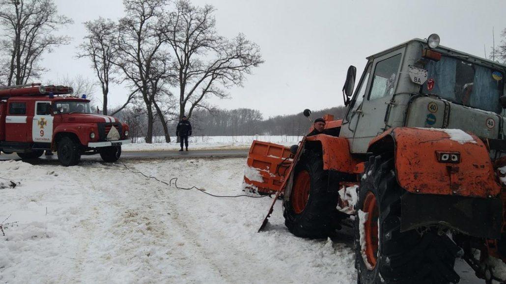 Без Купюр | Життя | На Кіровоградщині минулої доби рятувальники 4 рази виїжджали на допомогу водіям 1