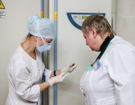 Громадські активісти передали тубдиспансеру нове медичне обладнання для обстеження хворих на туберкульоз
