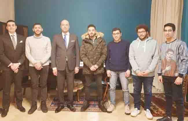Без Купюр Студенти кропивницького медвишу зустрілись з послом Єгипту Освіта  студенти-іноземці Кропивницький ДНМУ