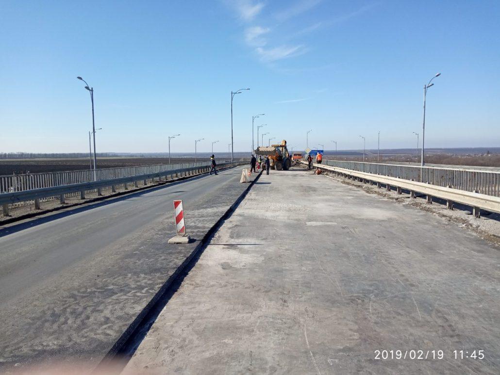 На Кіровоградщині ремонтують міст на трасі Київ-Одеса - 1 - За кермом - Без Купюр