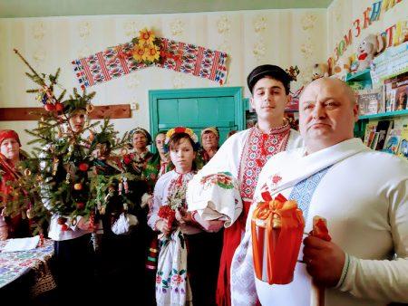 На Кіровоградщині відтворили традиційне весілля. ФОТО