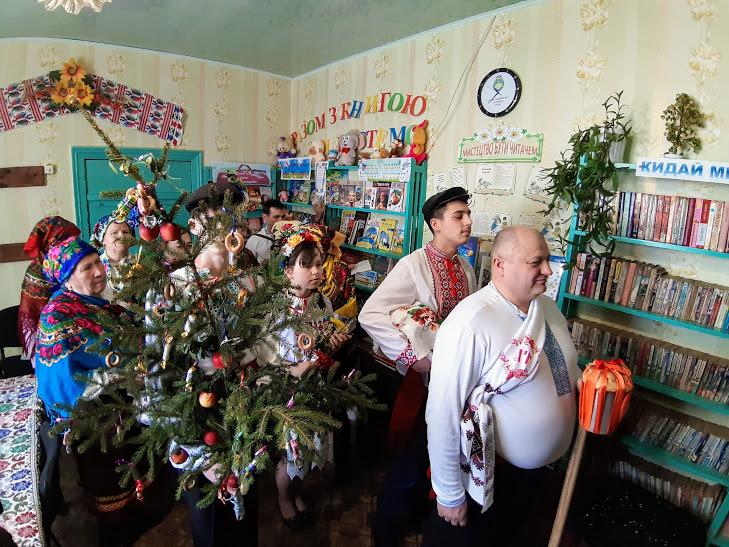 На Кіровоградщині відтворили традиційне весілля. ФОТО - 8 - Культура - Без Купюр