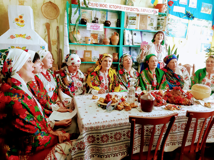 Без Купюр На Кіровоградщині відтворили традиційне весілля. ФОТО Культура  Цвітне традиції Кропивницький весілля