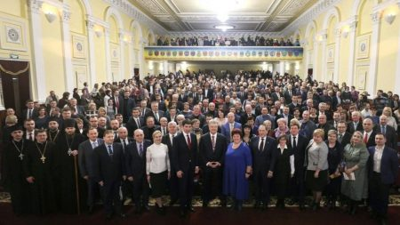 Рада регіонального розвитку Кіровоградщини-2: робочий візит Президента чи агітаційна кампанія?