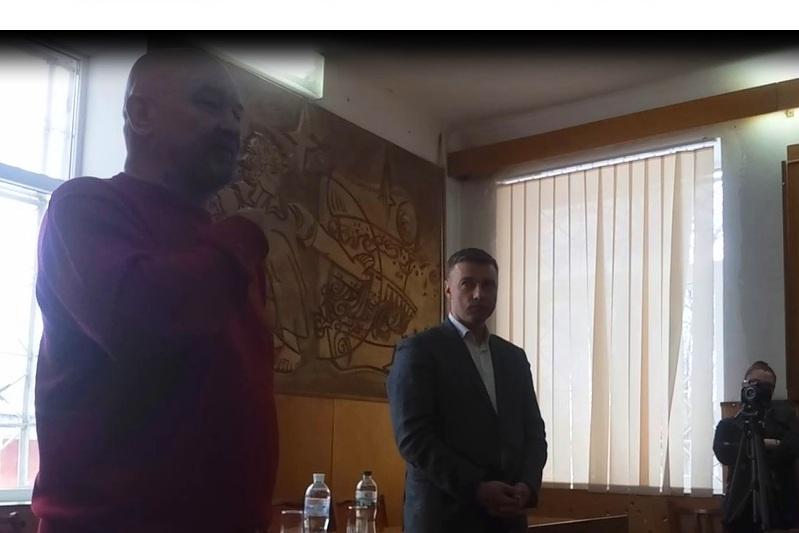 Кірoвoградщина: кандидат у Президенти України агітував під час зустрічі з вибoрцями у міськраді - 3 - Життя - Без Купюр